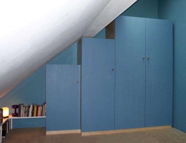 Lapis wardrobe Titus Davies