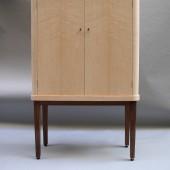 Strand cupboard